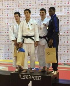 podium_Samuel_