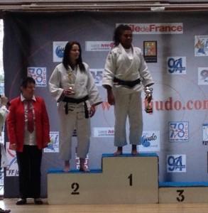 podium_shana